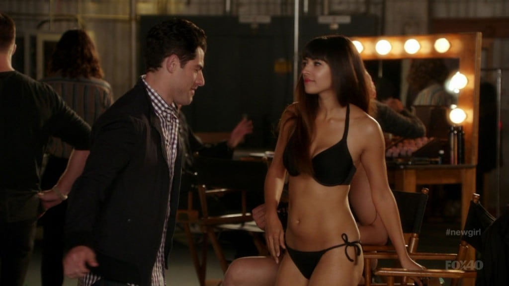 Picture Of Hannah Simone