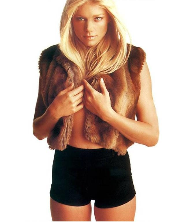 Naked pictures of peta wilson — img 4