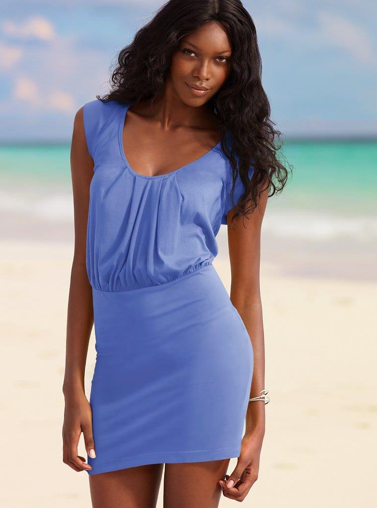 Стильное решение для пляжа: подберите модное платье для пляжа - вязаное крючком или из тонкого хлопка и вам не нужно