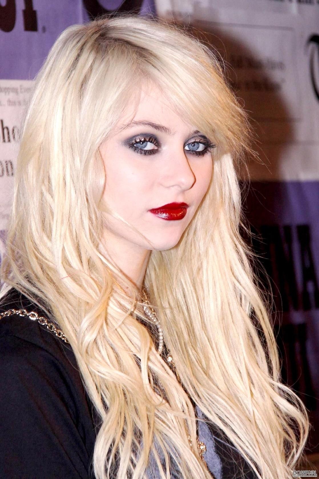 Picture of Taylor Momsen тейлор момсен