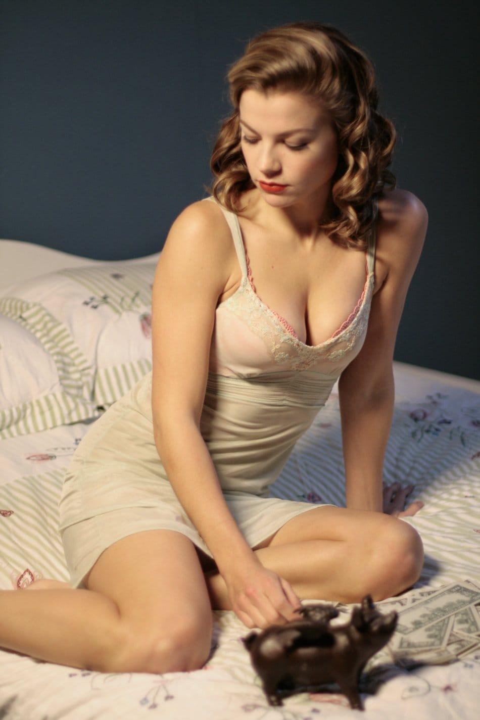 Stephanie Lemelin pics 5