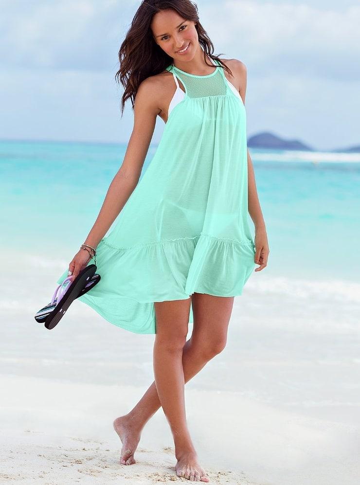 хотите отправиться красивый сарафан на пляж фото для