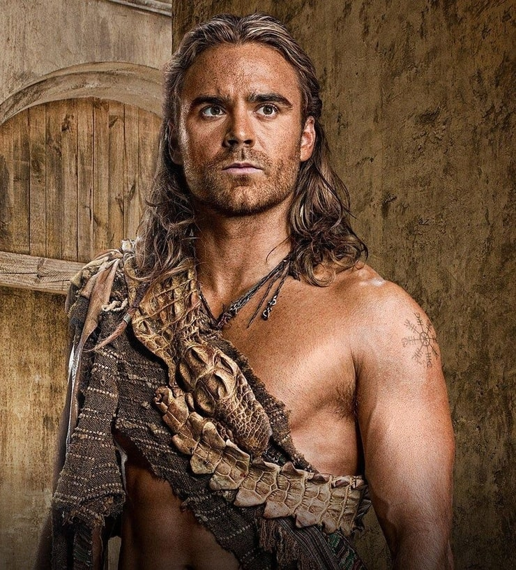Picture of Dustin Clare