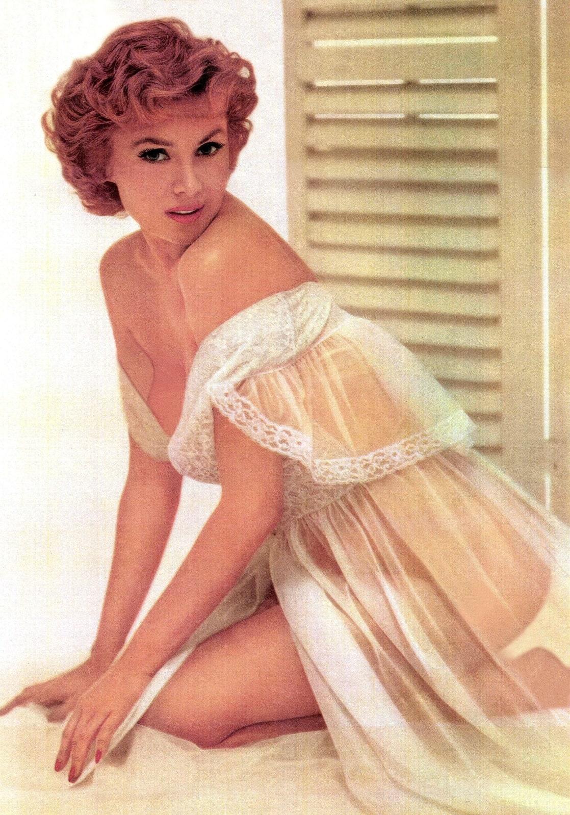 Stoya,Jane Russell Adult clips Matt Barber (born 1983),Linda Evans born November 18, 1942 (age 75)