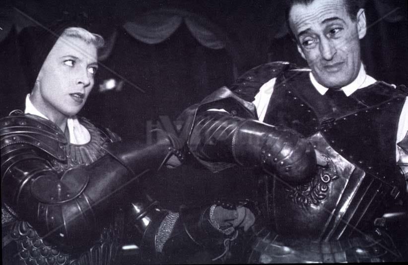 Le sei mogli di Barbablù (1950)