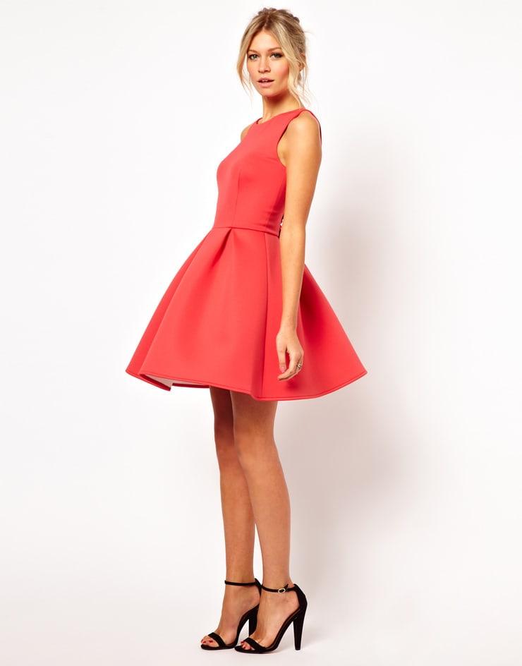 Приталенное платье с пышной юбкой купить