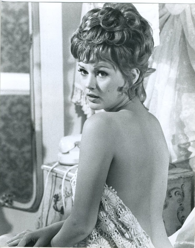 Hot Angela Scoular Nude Gif