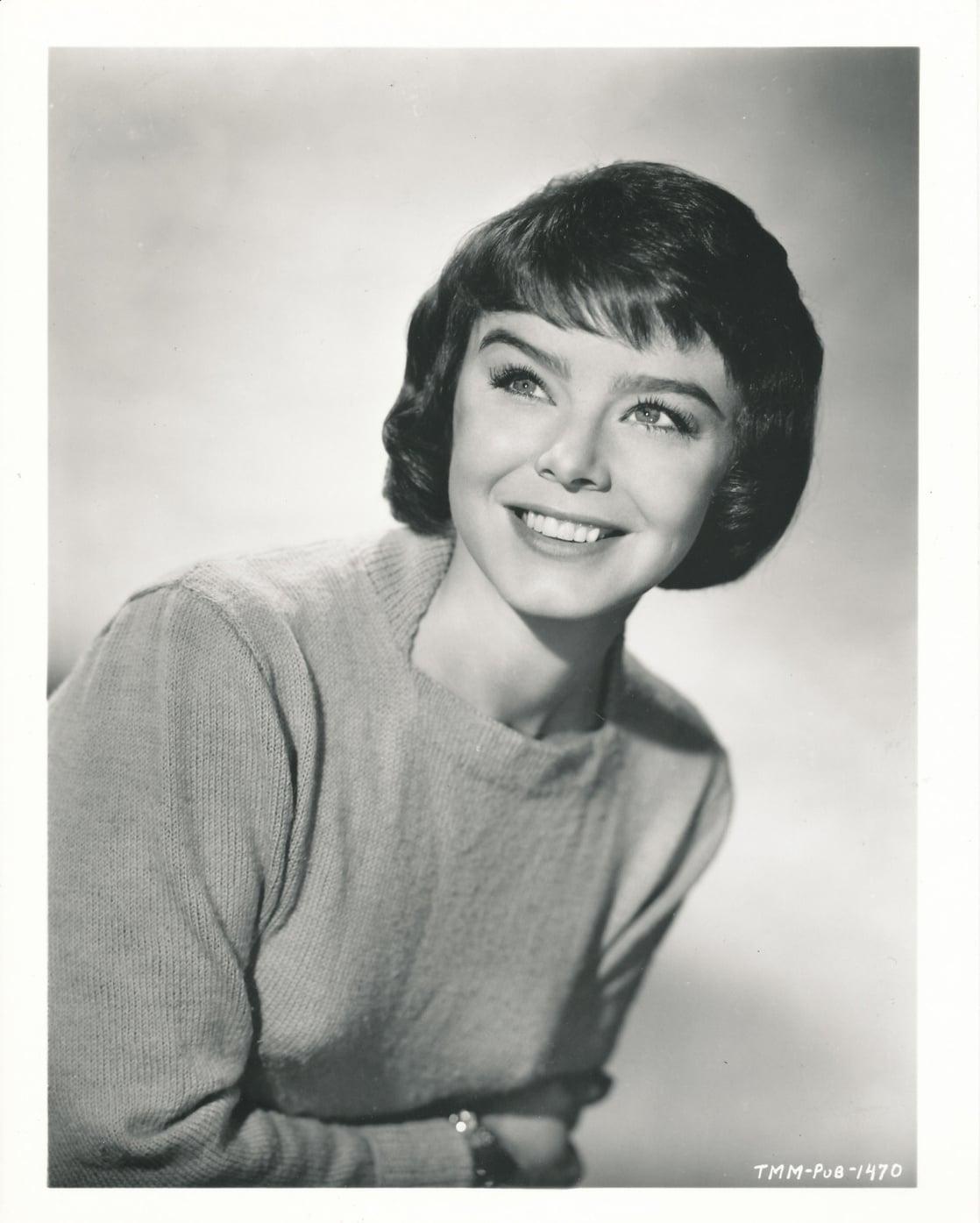Janet Munro - All Celebrity Wiki