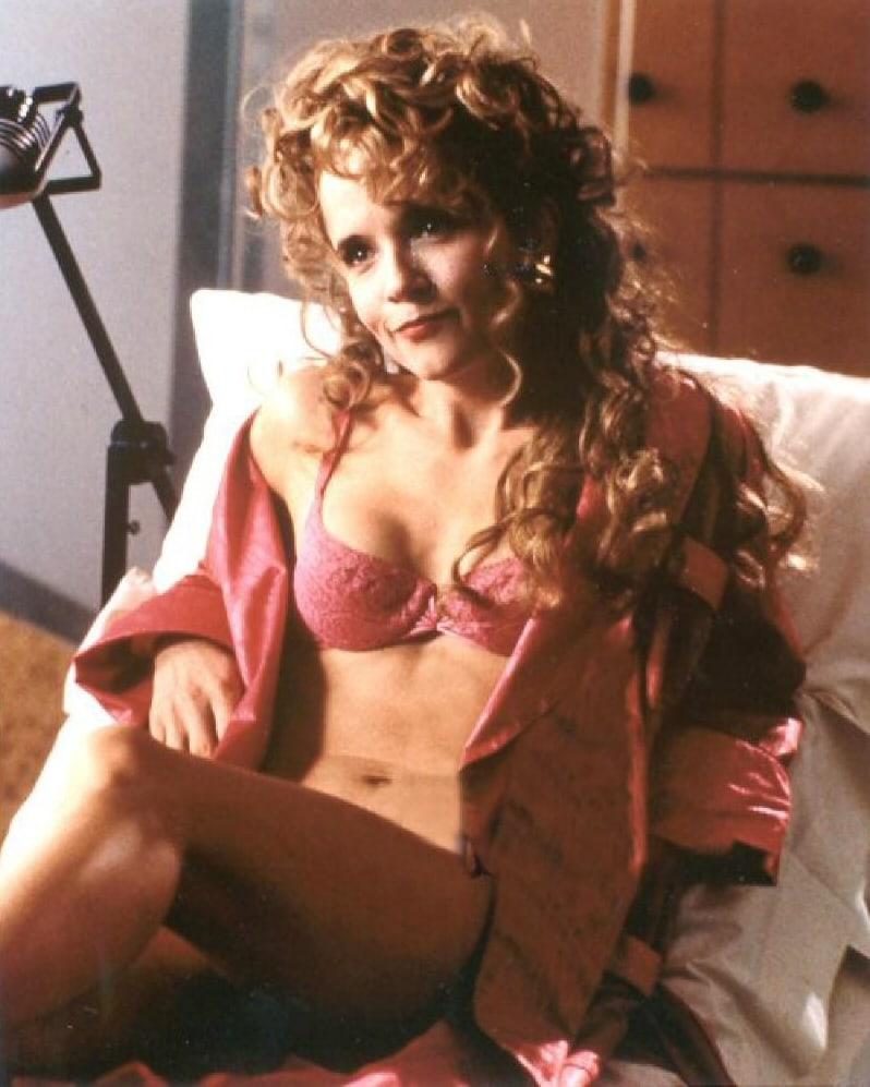 Nude Photos Of Lea Thompson