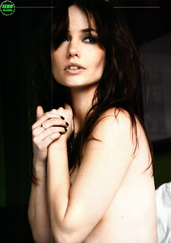 Rosanne Mulholland Nude Photos 2