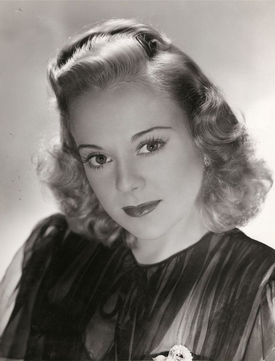 Picture of Sonja Henie - 92.4KB