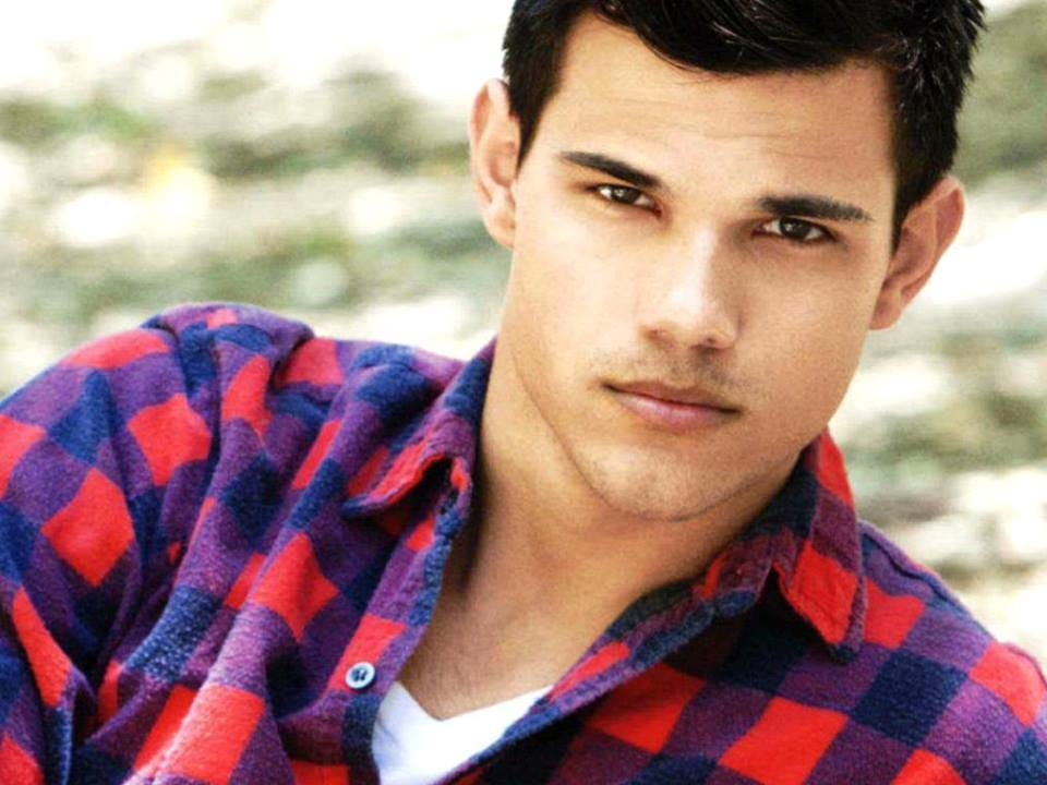 Taylor Lautner Height Weight Body Measurements - Hollywood ... |Taylor Lautner Body 2013