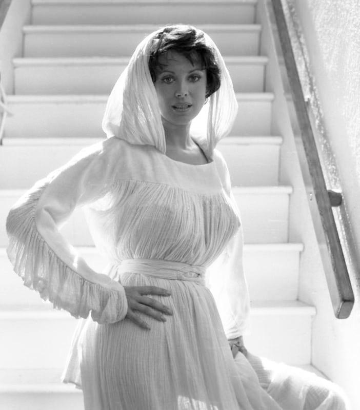 Phyllis Davis Nude Photos 56