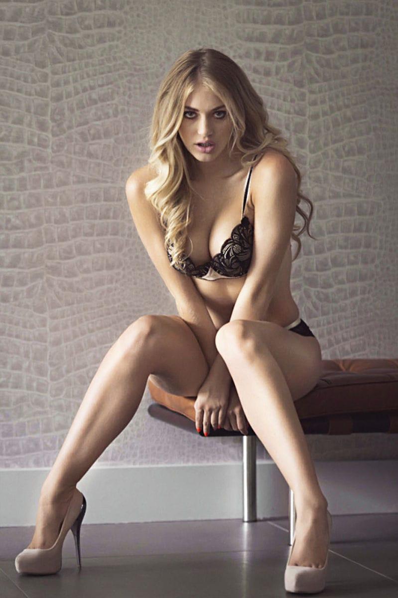Nicole Erotic Beauty