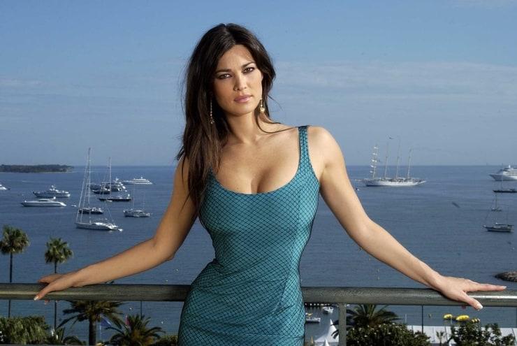 Kate Beckinsale 2010 Vanity Fair Oscar Party 25 further Oscars 2015 moreover 5858874 as well MariaSharapova 2013VFOP 14 also 5390269. on oscar 2013 list