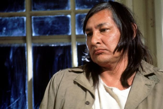 chiefbromden William will sampson jr (september 27, 1933 - june 3, 1987) was a native american painter, actor, and rodeo performer he is best known for his performance as the apparent deaf and mute native american chief bromden in the academy award winning film one flew over the cuckoo's nest and as worm in the 1977 charles bronson western the white buffalo, as well as his roles as taylor in.