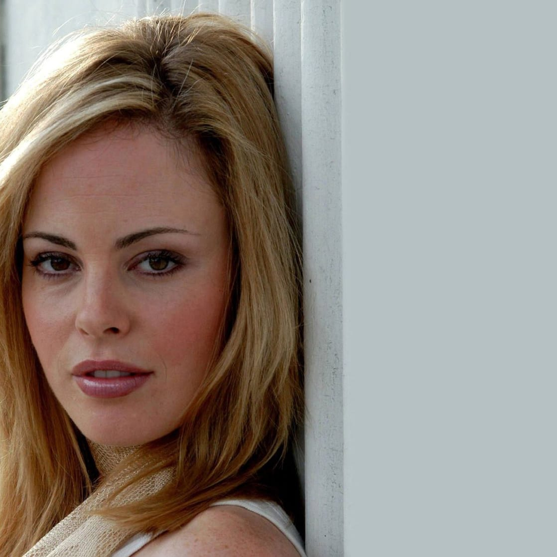 Chandra West Nude Photos 21