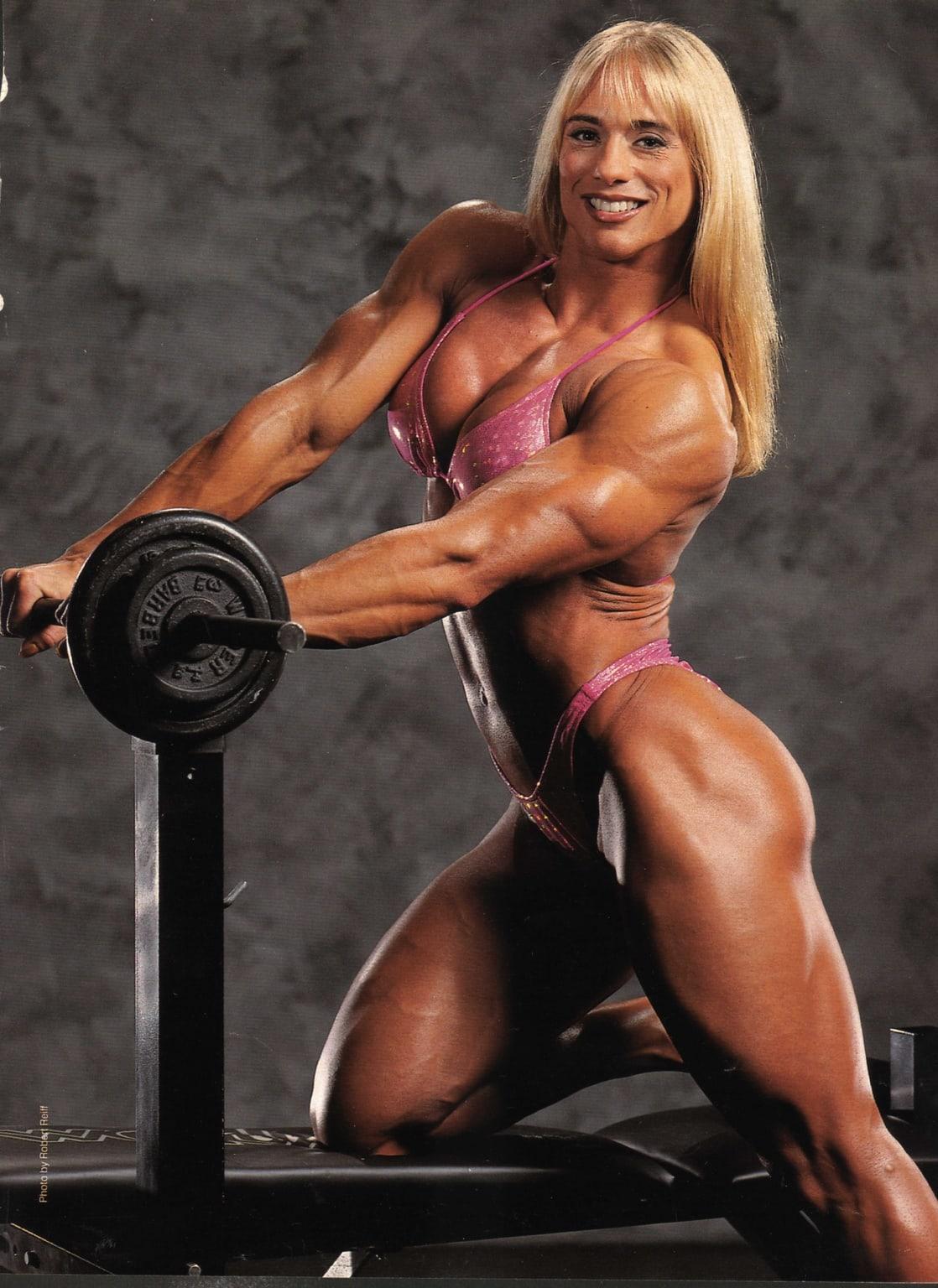natural nude women bodybuilders