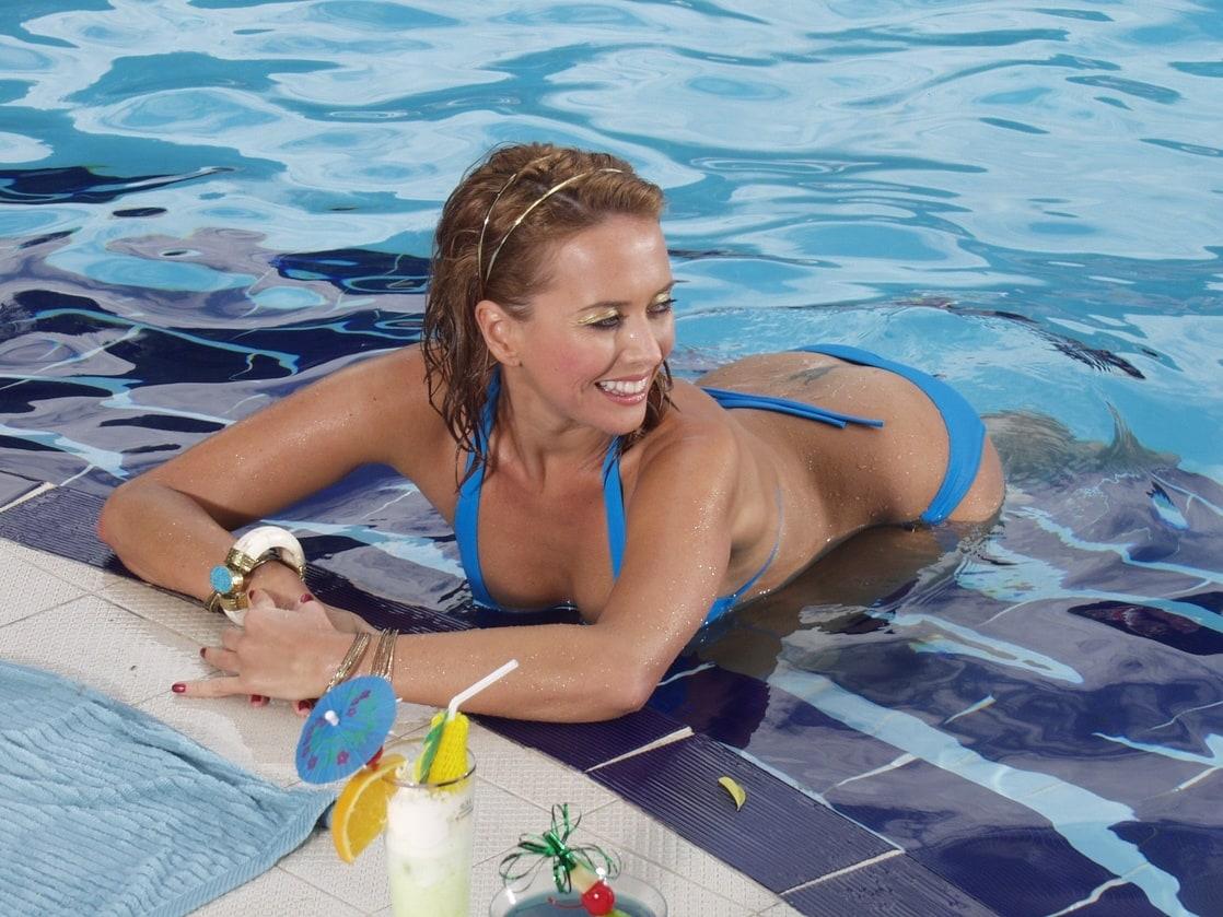 Смотреть фото жанну фриске в купальнике 11 фотография
