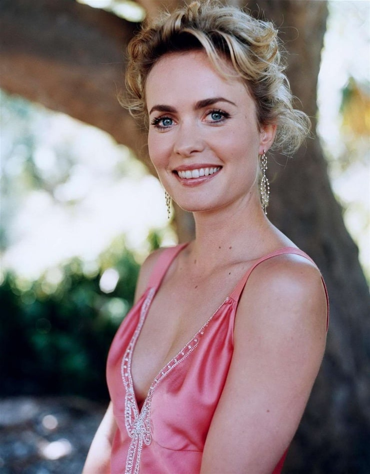 Fappening Radha Mitchell  nude (33 fotos), 2019, cleavage