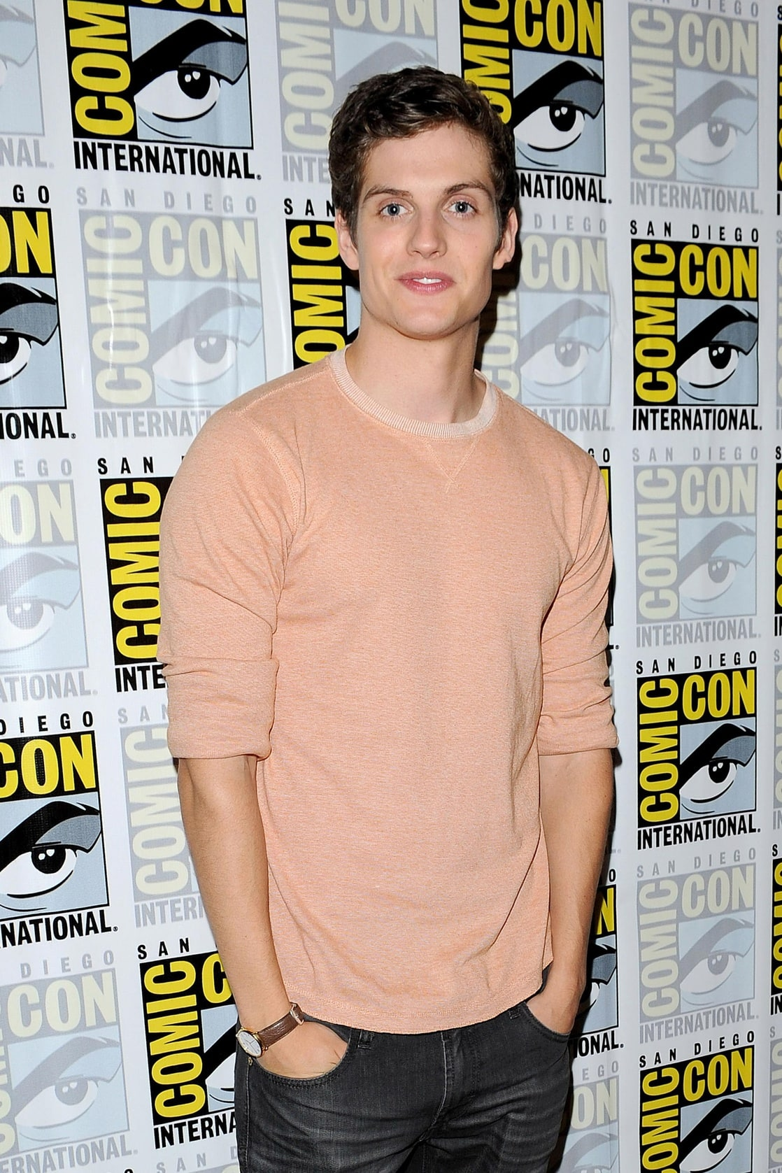 foto Daniel Sharman (born 1986)