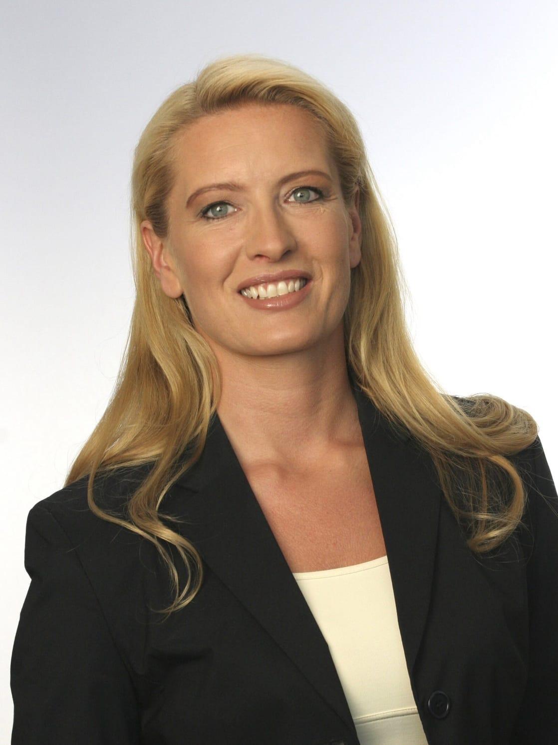 <b>Claudia Kleinert</b> - 1118full-claudia-kleinert