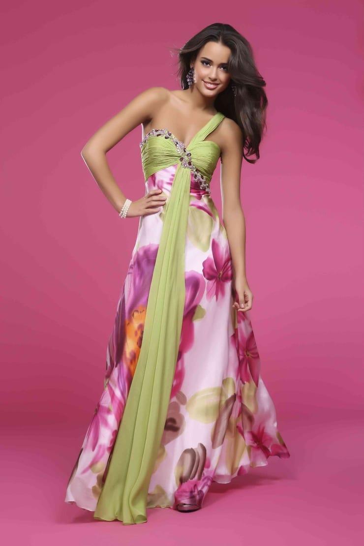 Красивые платья на моделях фото