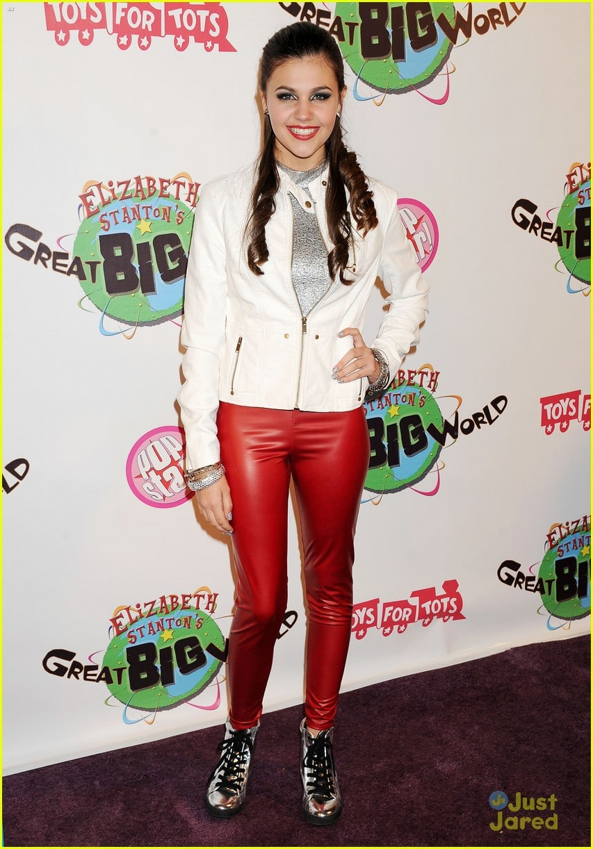 Amber Montana wears (Jeans )
