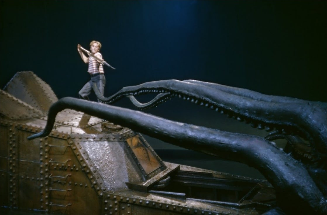 20 000 leagues under the sea book report