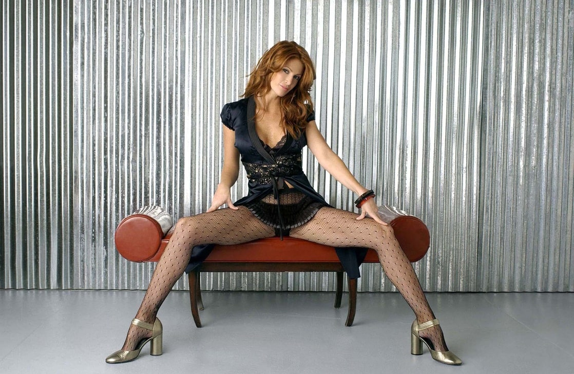 Angie Everhart Sex Scenes 108