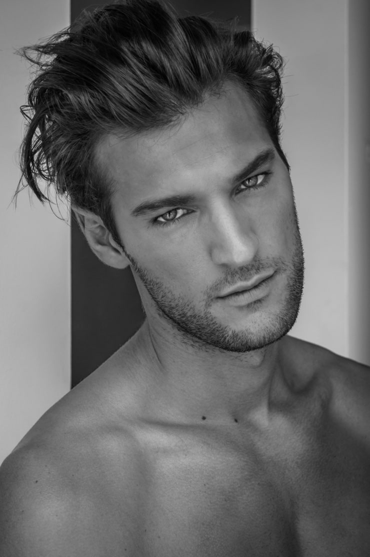 Male eye candy smooth