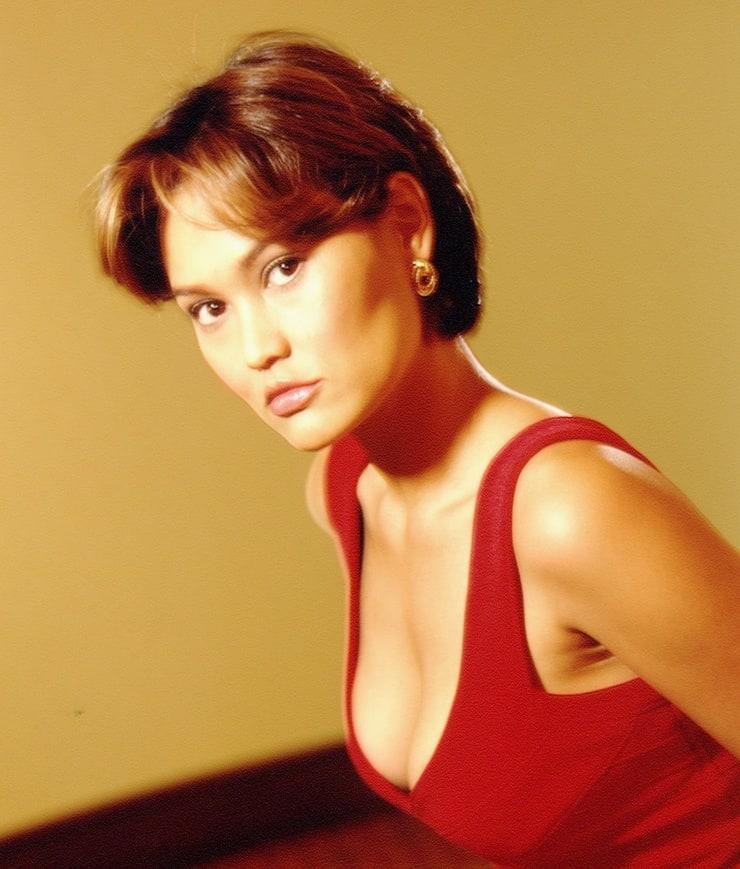 Angelina heger hot
