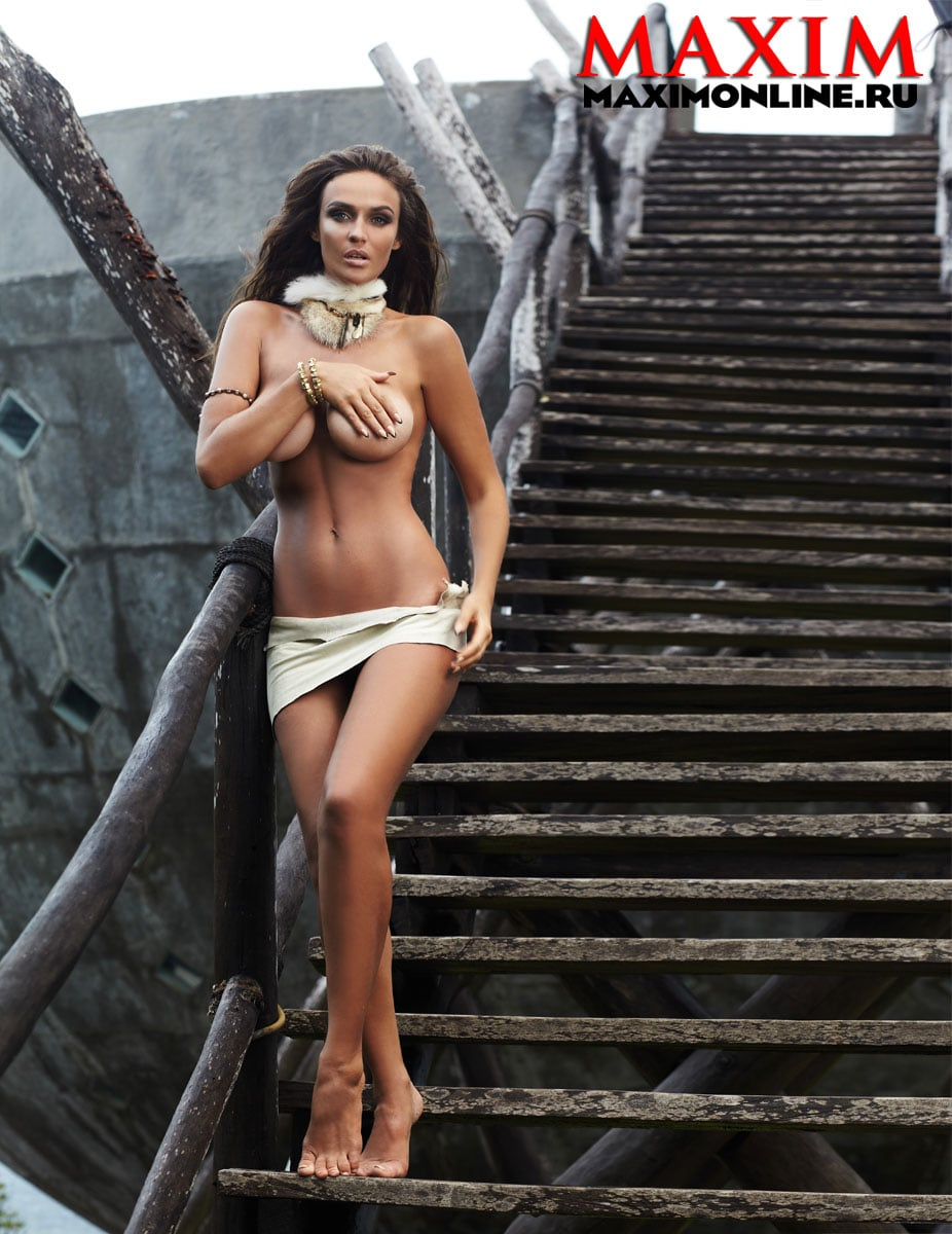 фото знаменитостей девушек в трусиках