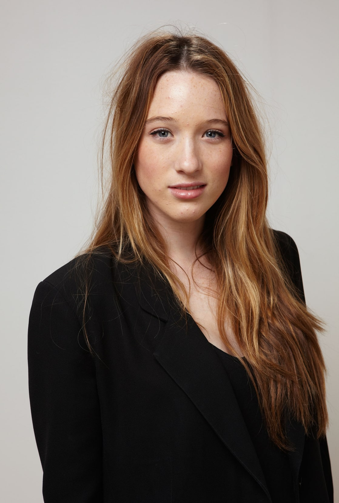 Sophie Lowe vids photo 16