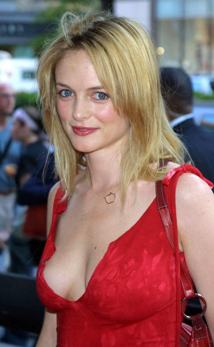 Picture Of Heather Graham-4383