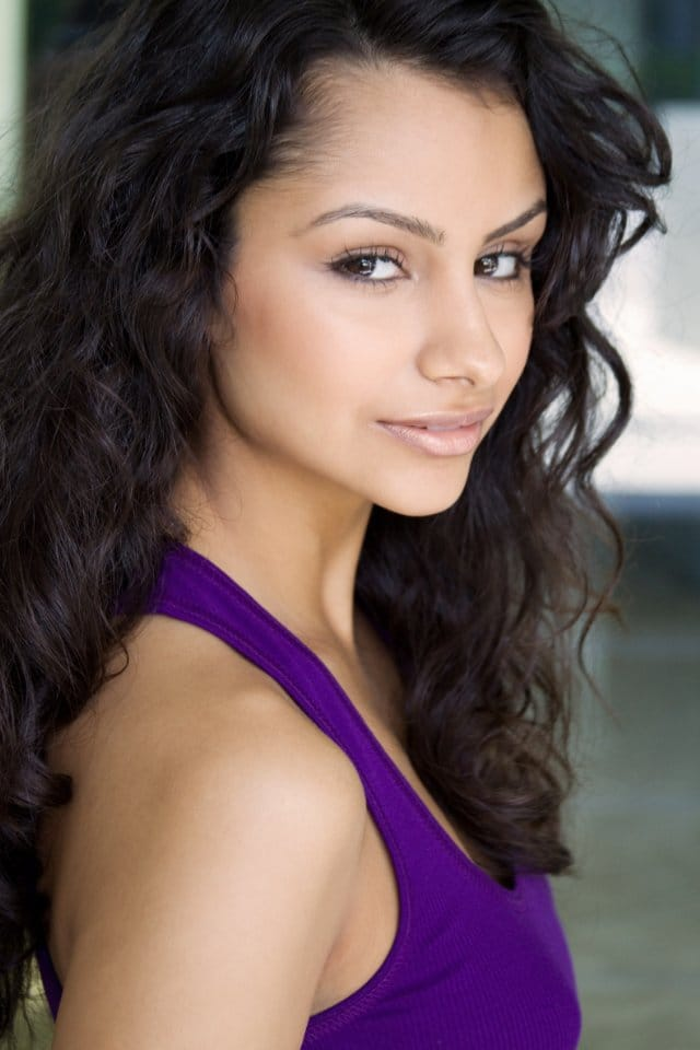 Picture Of Nazanin Mandi
