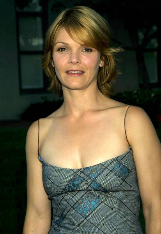 Picture of Kathryn Erbe