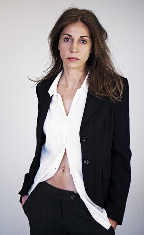 Ulrike C Tscharre