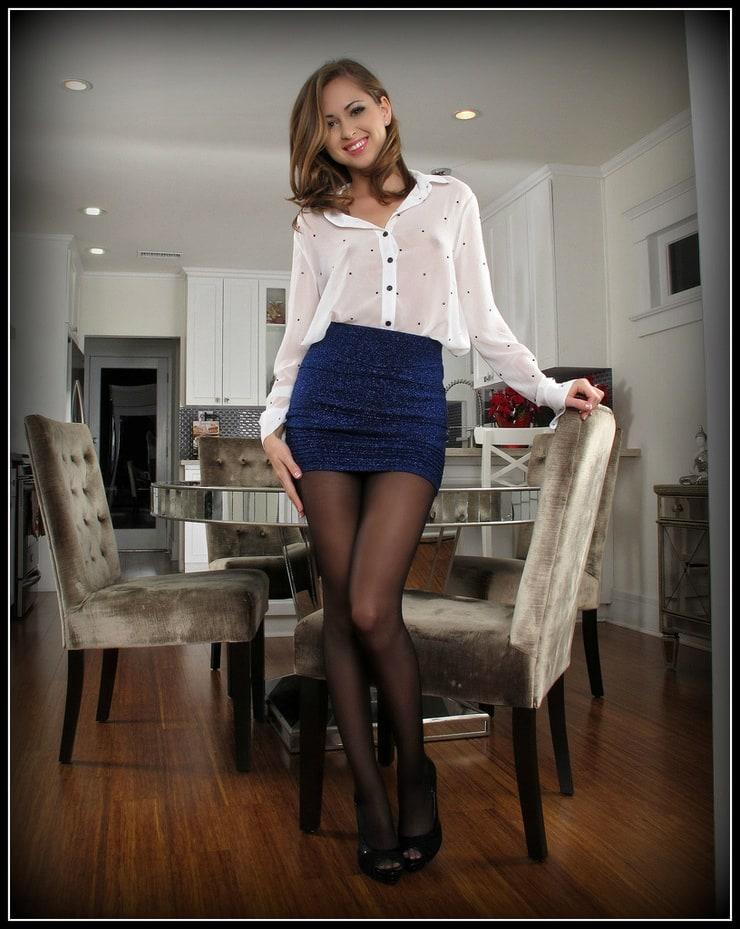 Девушки в коротких юбках и колготках фото 5812 фотография