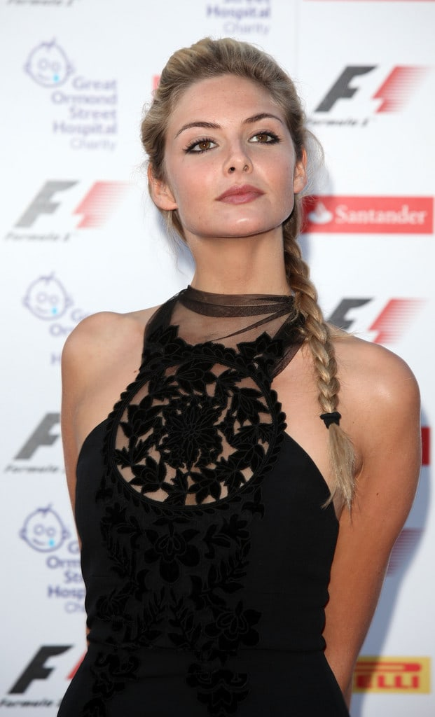 Picture of Tamsin Egerton | 621 x 1024 jpeg 69kB