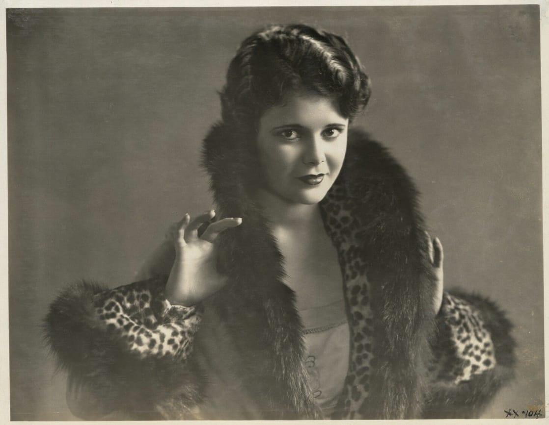 Viola Richard