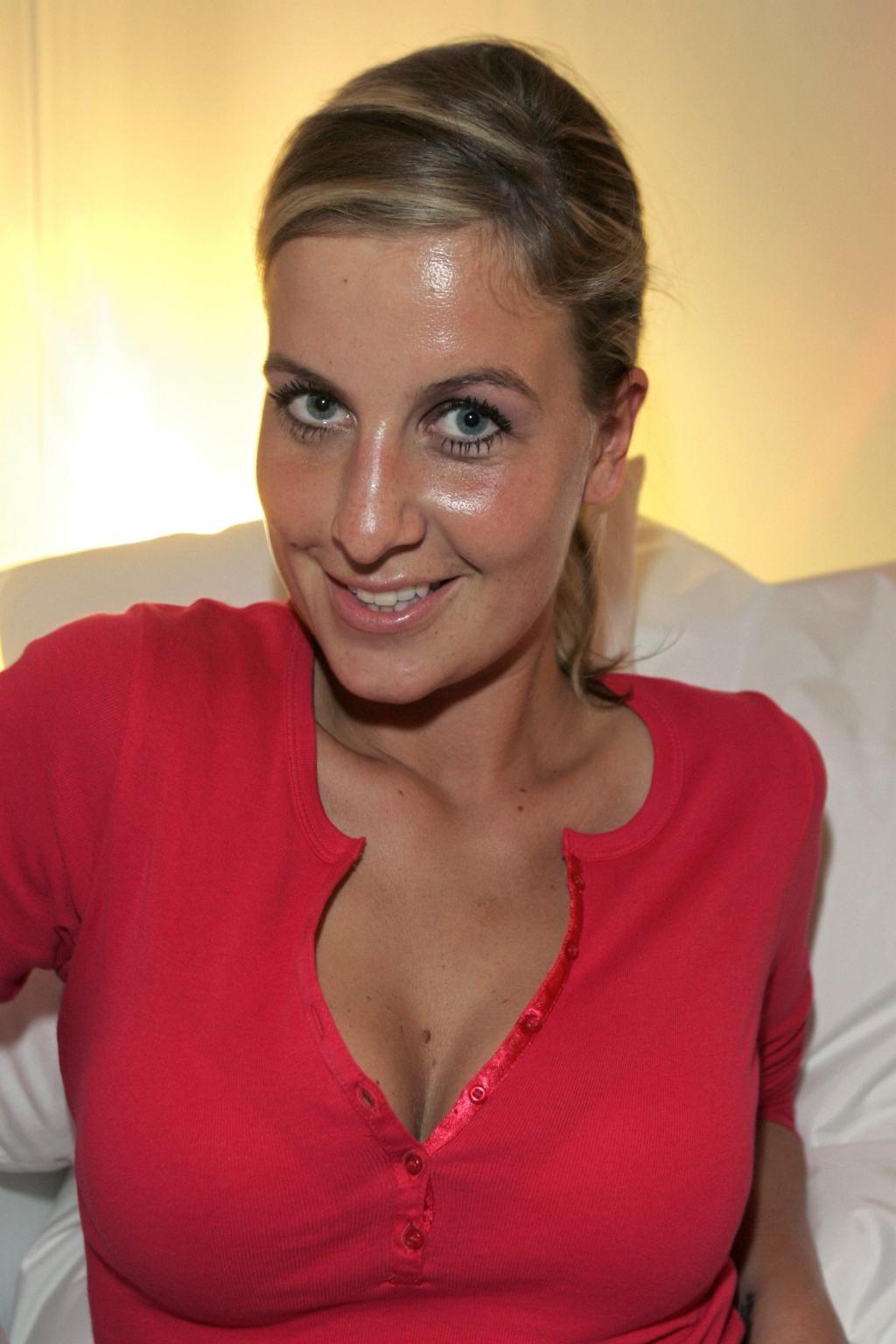 Charlotte Engelhardt Nude Photos 5