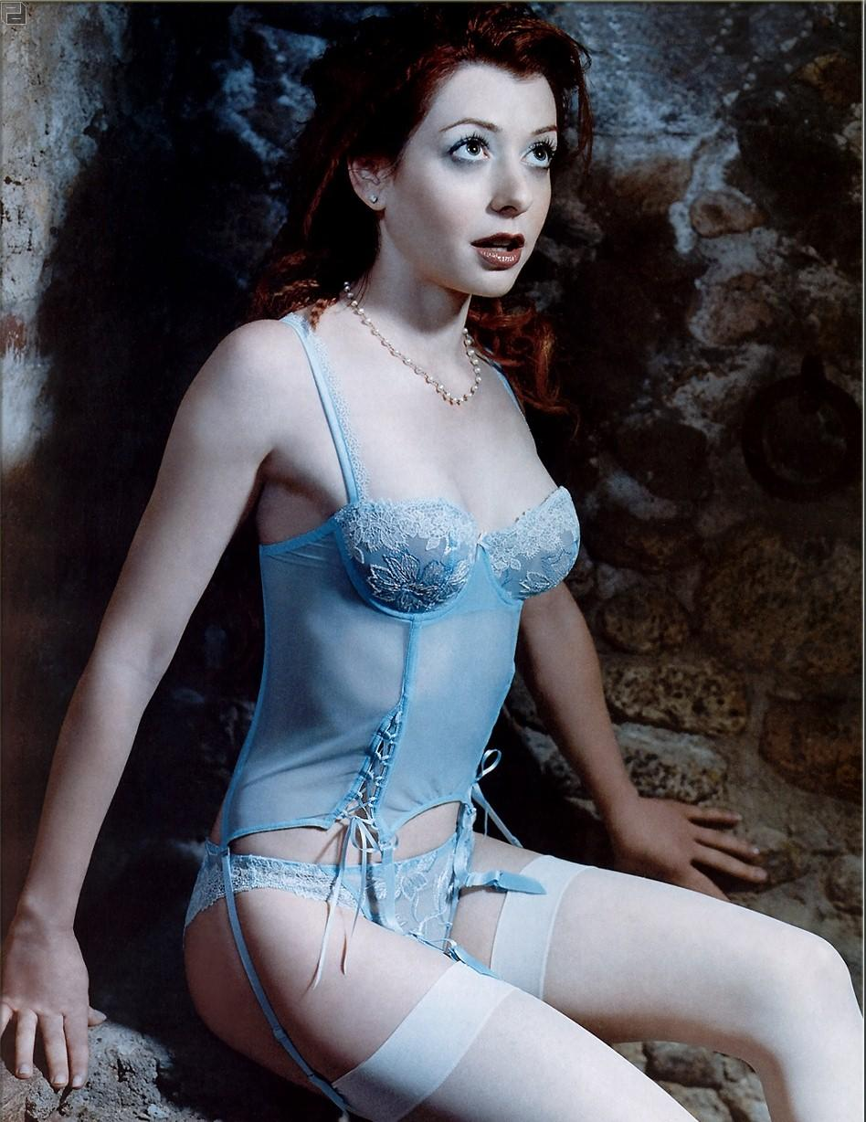 Alyson Hannigan Pokies picture of alyson hannigan