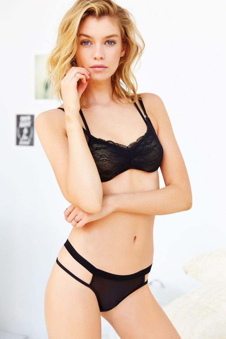 Jenny Stella