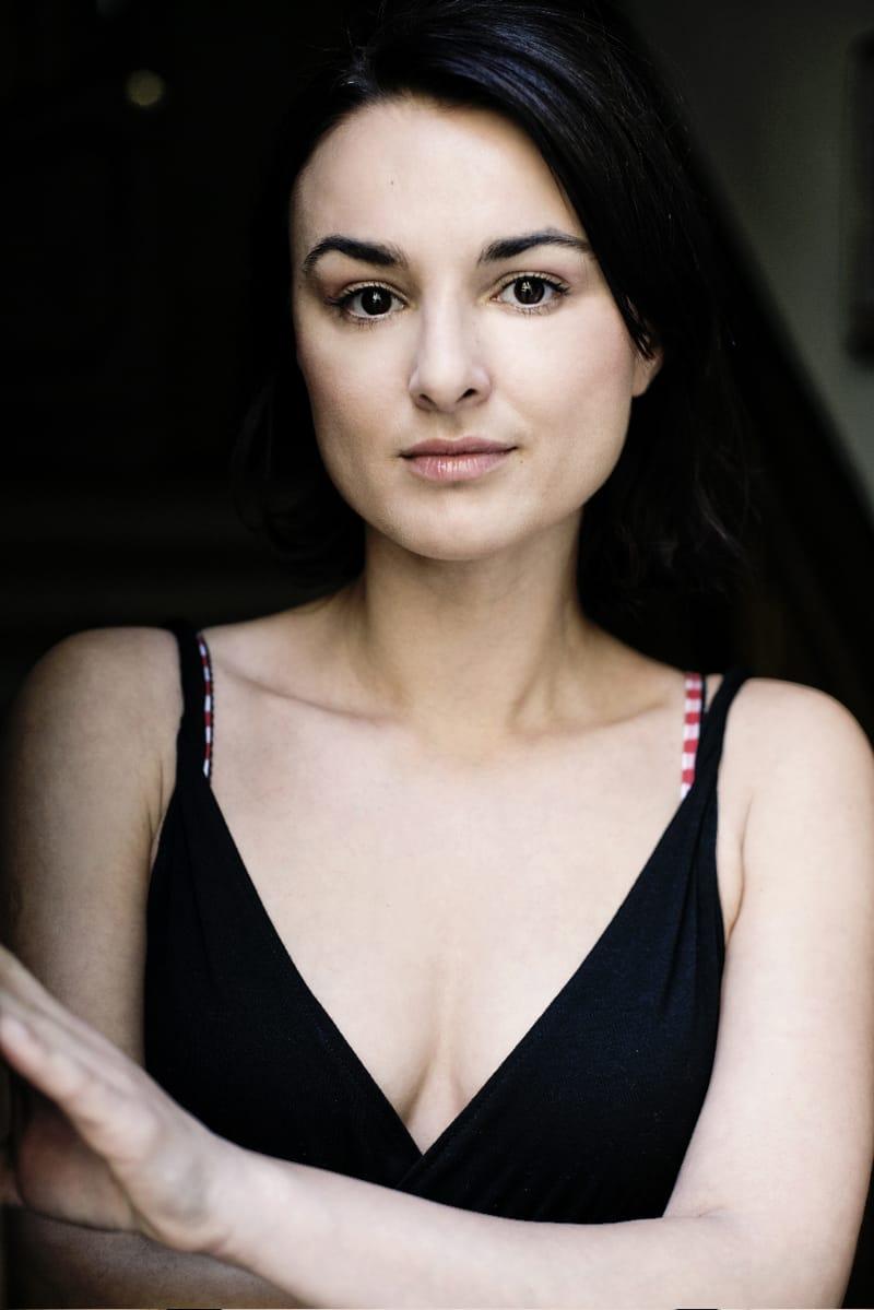 Miranda Leonhardt nude