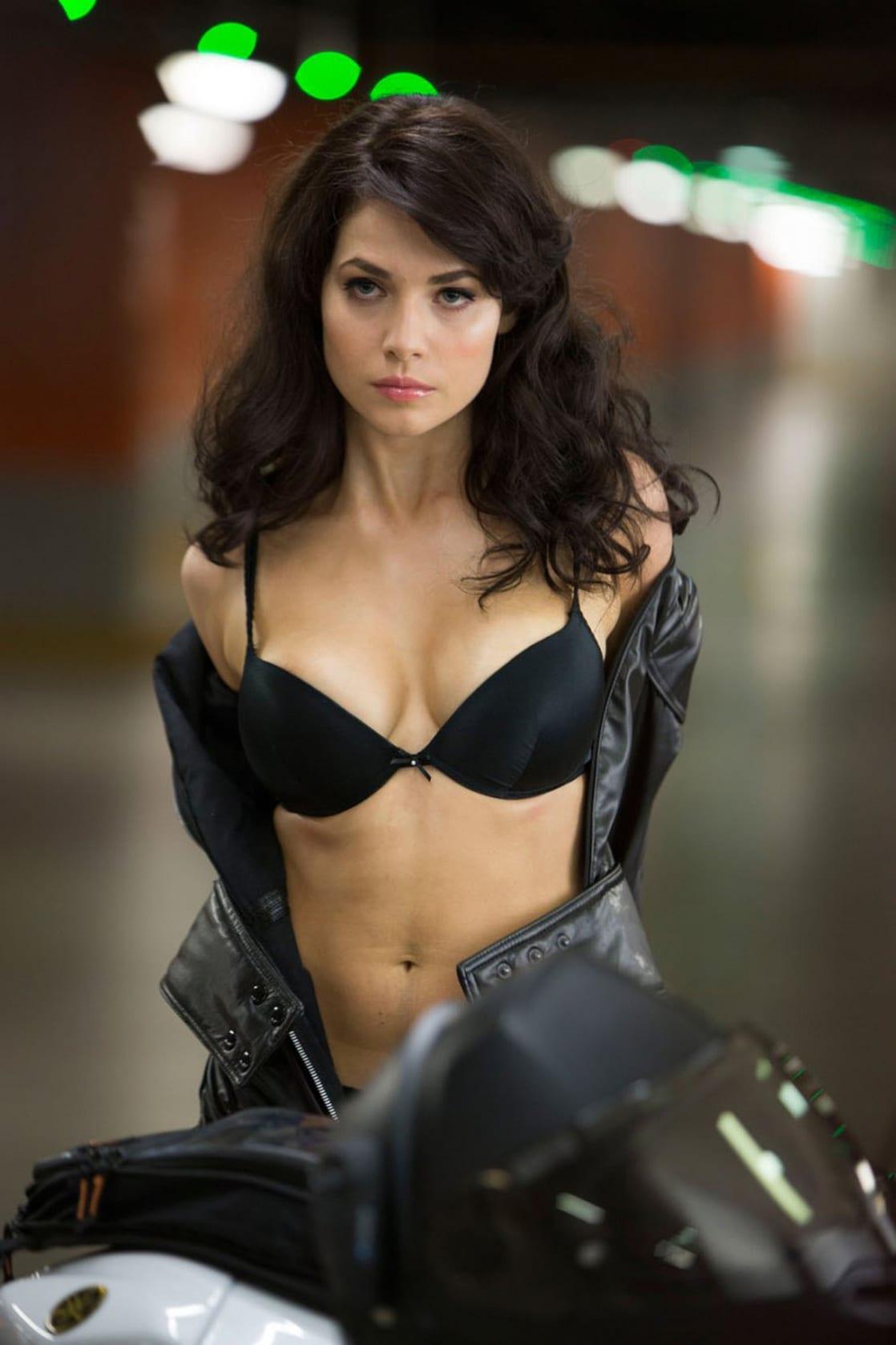 nude pics of yuliya snigir