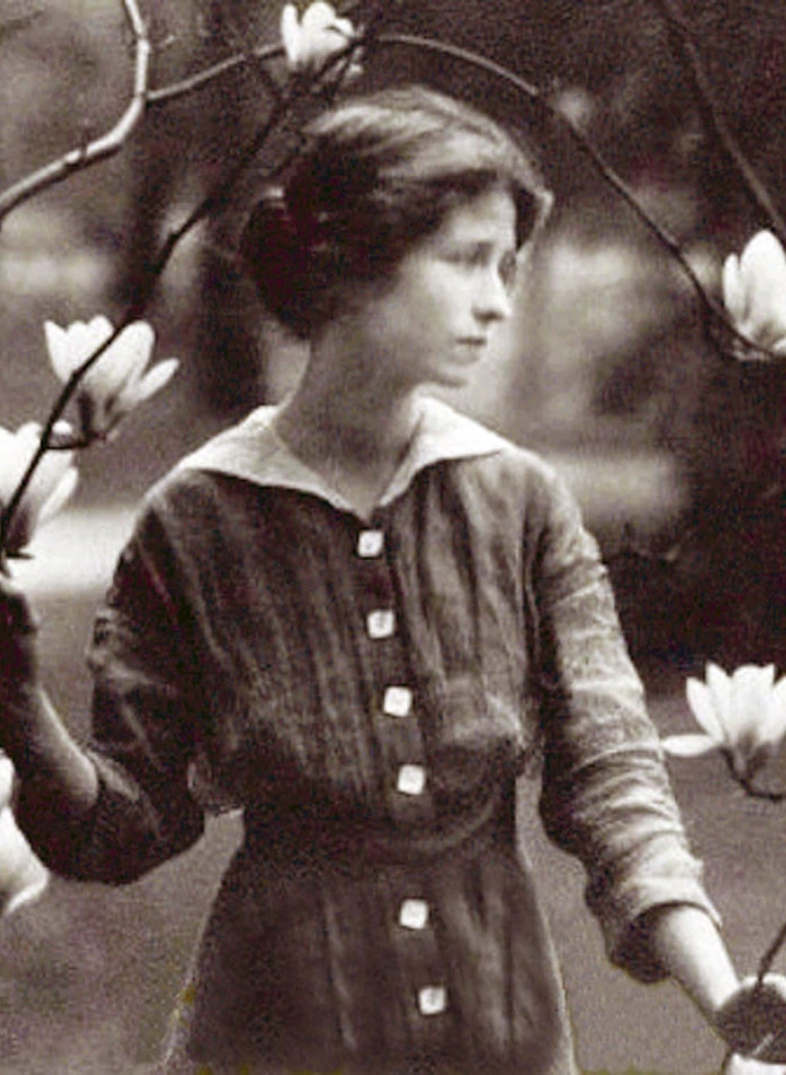 edna st vincent milay Resources in your library resources in other libraries by edna st vincent millay bibliography online books resources in your library resources in other libraries.