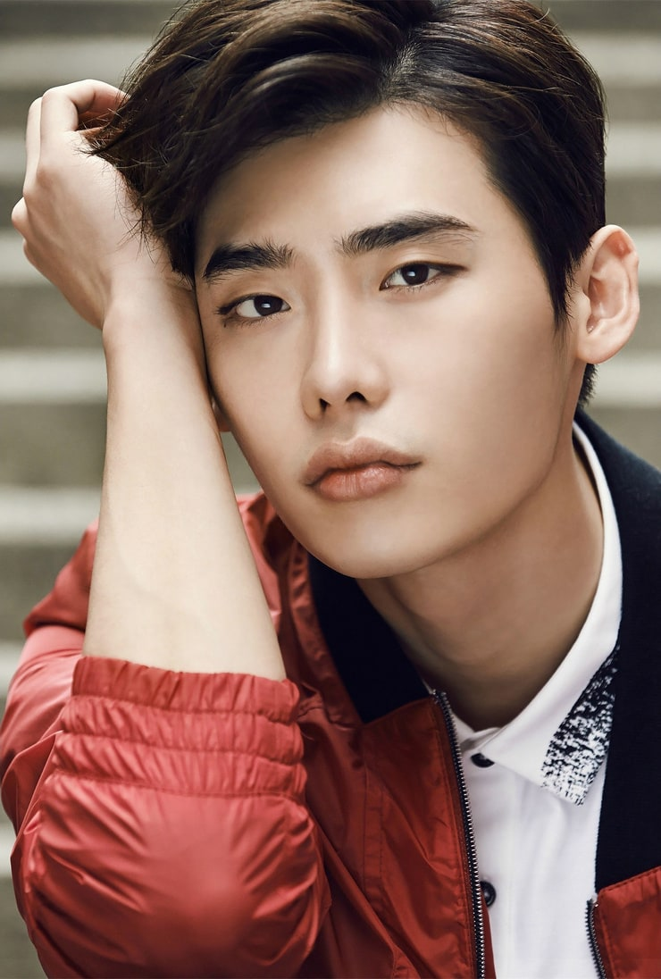 picture of jong suk lee