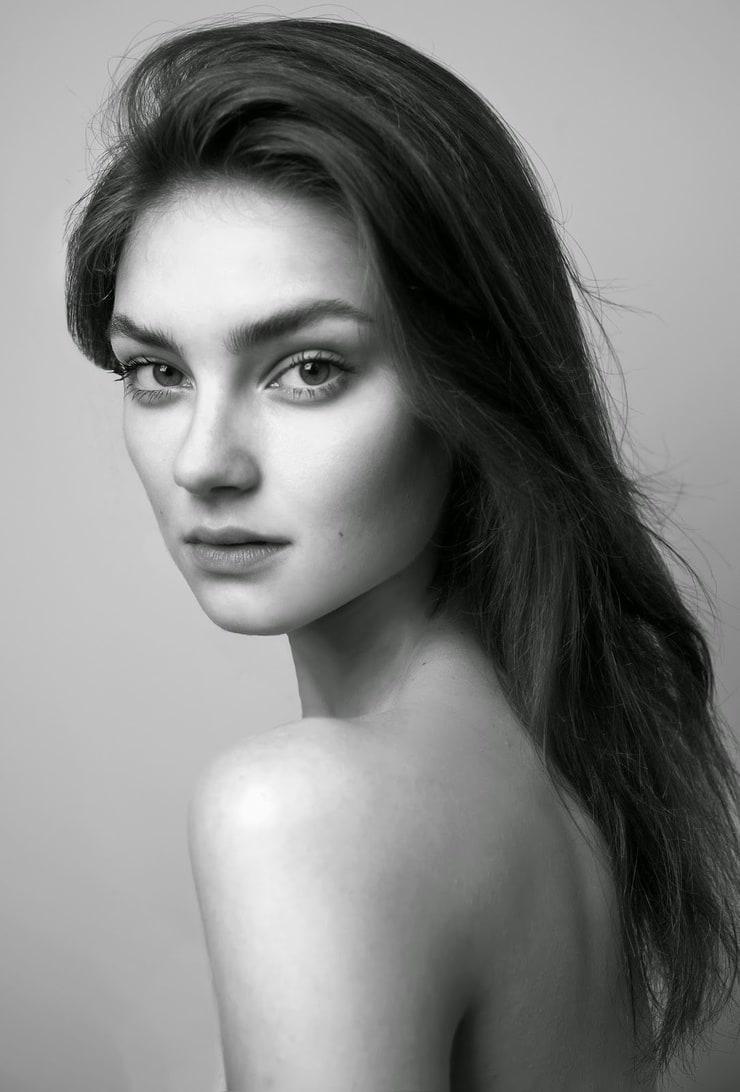 Picture of Vika Bronova