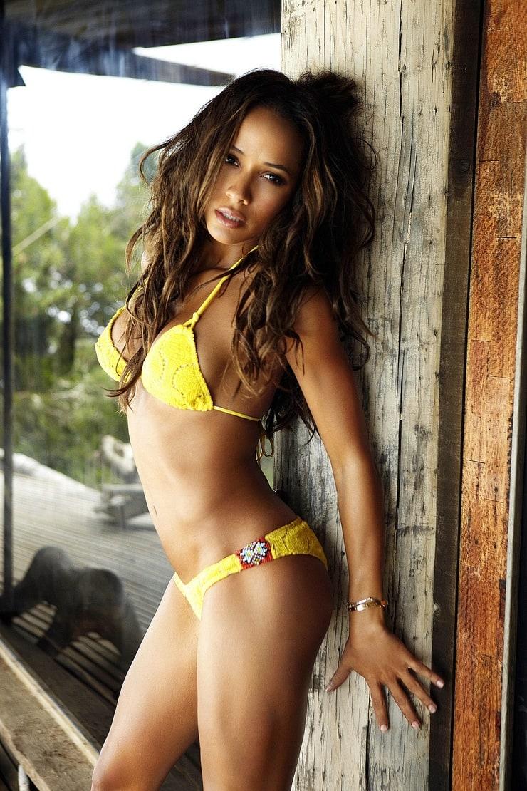 Dania Ramirez Nude Photos 32